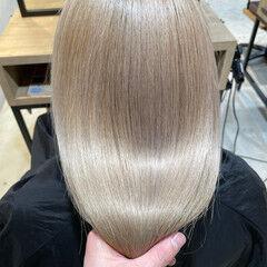 髪質改善 ブリーチオンカラー セミロング ナチュラル ヘアスタイルや髪型の写真・画像