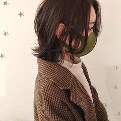 ニュアンスウルフ ミディアム ウルフカット ナチュラル ヘアスタイルや髪型の写真・画像