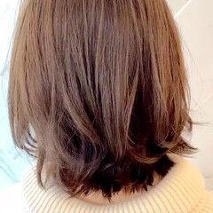 レイヤーボブ 質感カラー ショート アンニュイ ヘアスタイルや髪型の写真・画像