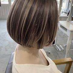 大人かわいい 透明感カラー ミニボブ コントラストハイライト ヘアスタイルや髪型の写真・画像