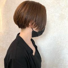ショートボブ モード 耳掛けショート ボブ ヘアスタイルや髪型の写真・画像