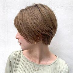 ショートボブ オーガニックカラー モカベージュ ナチュラル ヘアスタイルや髪型の写真・画像