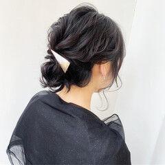 アンニュイほつれヘア ルーズ ミディアム ヘアアレンジ ヘアスタイルや髪型の写真・画像