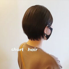 ショート ショートボブ ナチュラル 小顔ショート ヘアスタイルや髪型の写真・画像