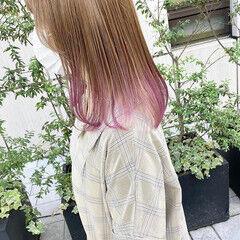 ブリーチカラー インナーピンク 裾カラー インナーカラー ヘアスタイルや髪型の写真・画像