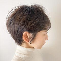 ショート ナチュラル ショートヘア 前髪パッツン ヘアスタイルや髪型の写真・画像