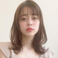簡単スタイリング ミディアム レイヤーカット ナチュラル ヘアスタイルや髪型の写真・画像