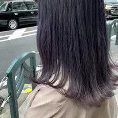 セミロング ナチュラル ブリーチ ブルーバイオレット ヘアスタイルや髪型の写真・画像
