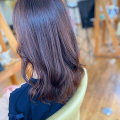 艶髪 セミロング 髪質改善 フェミニン ヘアスタイルや髪型の写真・画像