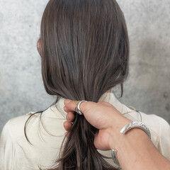 ミディアム 髪質改善 アンニュイほつれヘア ベージュ ヘアスタイルや髪型の写真・画像