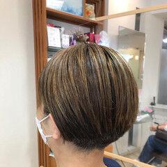刈り上げショート ナチュラル ショートヘア 刈り上げ女子 ヘアスタイルや髪型の写真・画像