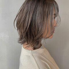 ミディアム レイヤーカット レイヤーボブ 外ハネボブ ヘアスタイルや髪型の写真・画像