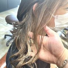 セミロング エレガント ベージュ ホワイトベージュ ヘアスタイルや髪型の写真・画像