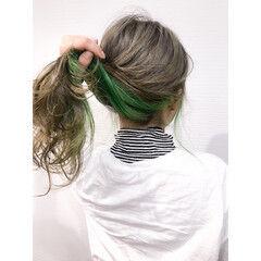 お洒落に ブリーチカラー オリーブグレージュ ロング ヘアスタイルや髪型の写真・画像