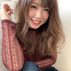 ゆる巻き 大人かわいい セミロング フェミニン ヘアスタイルや髪型の写真・画像