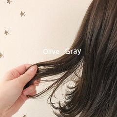 ナチュラル ミディアム オリーブ オリーブグレージュ ヘアスタイルや髪型の写真・画像