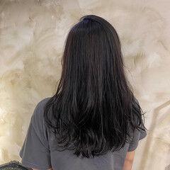 ナチュラル イルミナカラー 伸ばしかけ レイヤーカット ヘアスタイルや髪型の写真・画像