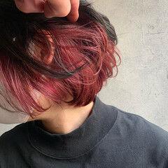 ピンクパープル ボブ インナーカラー赤 インナーカラー ヘアスタイルや髪型の写真・画像