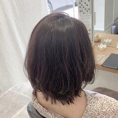 ミディアム ラベージュ 透け感ヘア フェミニン ヘアスタイルや髪型の写真・画像