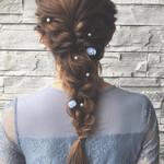 フェミニン ヘアアレンジ ロング 編みおろしヘア