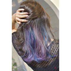 フェミニン インナーカラーパープル インナーカラー インナーブルー ヘアスタイルや髪型の写真・画像