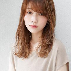 セミロング レイヤーカット 髪質改善 ナチュラル ヘアスタイルや髪型の写真・画像
