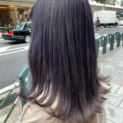 セミロング モード バイオレットカラー バイオレットアッシュ ヘアスタイルや髪型の写真・画像