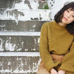 冬 秋 ニット パーマ ヘアスタイルや髪型の写真・画像