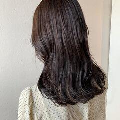 ナチュラル ブラウン ツヤ髪 ラベンダー ヘアスタイルや髪型の写真・画像