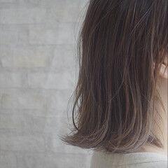 ワンカールスタイリング ショート ミルクティーベージュ ナチュラル ヘアスタイルや髪型の写真・画像