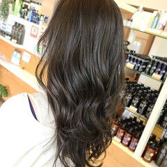 ブルーブラック ブルージュ ネイビーブルー エレガント ヘアスタイルや髪型の写真・画像