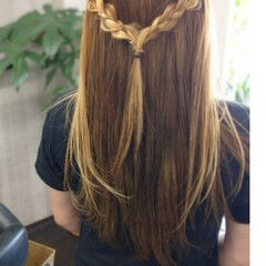 簡単ヘアアレンジ インナーカラー セミロング モード ヘアスタイルや髪型の写真・画像