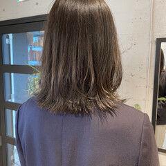 ミディアム くびれカール ナチュラル 暗髪 ヘアスタイルや髪型の写真・画像