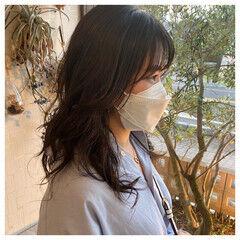 ヨシンモリ セミロング パーマ 韓国ヘア ヘアスタイルや髪型の写真・画像