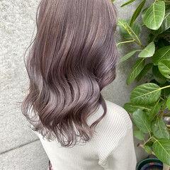 ブリーチカラー ナチュラル ロング 透明感カラー ヘアスタイルや髪型の写真・画像