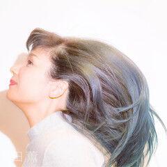 カラフルカラー エレガント デート ロング ヘアスタイルや髪型の写真・画像