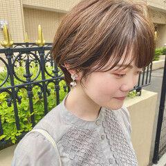 ショートヘア ショートボブ 小顔ショート ナチュラル ヘアスタイルや髪型の写真・画像