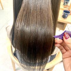ロングヘア トリートメント 髪質改善トリートメント ナチュラル ヘアスタイルや髪型の写真・画像