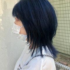 ストリート レイヤー ダブルカラー ウルフカット ヘアスタイルや髪型の写真・画像