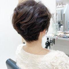 ショート パーマ エレガント ショートボブ ヘアスタイルや髪型の写真・画像