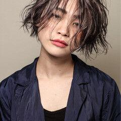 外国人風カラー 前下がり ストリート ショート ヘアスタイルや髪型の写真・画像