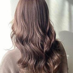 透明感カラー ベージュ グレージュ ロング ヘアスタイルや髪型の写真・画像