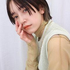 フェミニン シースルーバング マッシュ ウルフカット ヘアスタイルや髪型の写真・画像