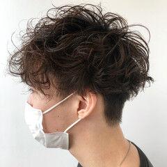 ストリート メンズマッシュ 無造作パーマ メンズヘア ヘアスタイルや髪型の写真・画像