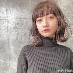 透明感カラー ヌーディベージュ ナチュラル ミディアム ヘアスタイルや髪型の写真・画像