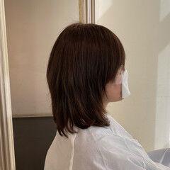 ミディアムレイヤー ノースタイリング 絶壁カバー ナチュラル ヘアスタイルや髪型の写真・画像