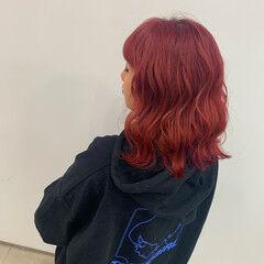 韓国 コテ巻き ブリーチ レッド ヘアスタイルや髪型の写真・画像