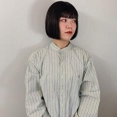 ミニボブ モード カジュアル 黒髪 ヘアスタイルや髪型の写真・画像