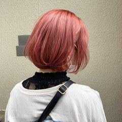 ピンクベージュ インナーカラー ボブ ストリート ヘアスタイルや髪型の写真・画像