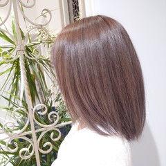 可愛い ブリーチカラー ミルクティーベージュ ミディアム ヘアスタイルや髪型の写真・画像